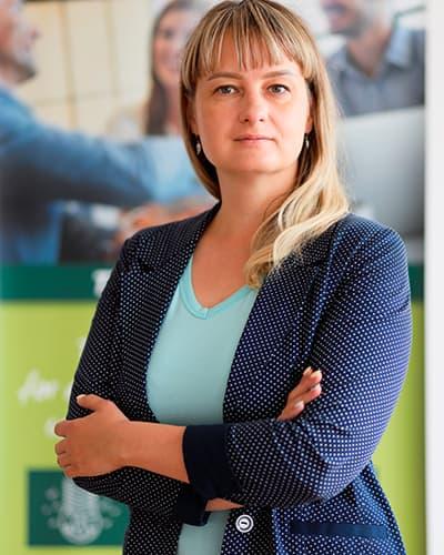 Марина Вольская учитель языковой школы Moonlight
